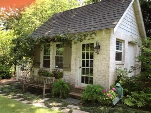 pretty-garden-sheds-4